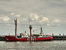 Hotels, Appartements, Hostels, Pensionen - Feuerschiff Elbe 1