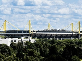 Hotels, Appartements, Hostels, Pensionen - Signal Iduna Park