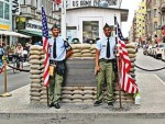 Hotels, Appartements, Hostels, Pensionen - Checkpoint Charlie