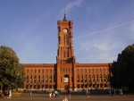 Hotels, Appartements, Hostels, Pensionen - Rotes Rathaus